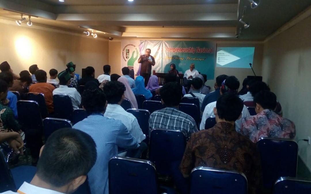 """Chairman CISFED sebagai Pembicara di """"Workshop Entrepreneurship"""" PB HMI"""